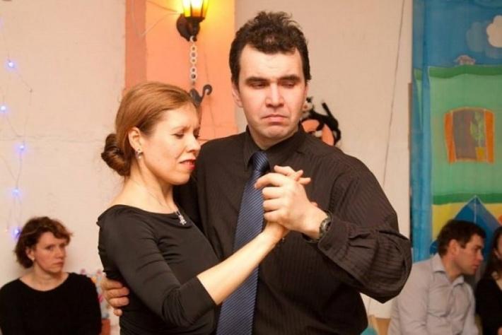 Двойной бонус - бонус-урок по танго-нуэво в Каминном зале!
